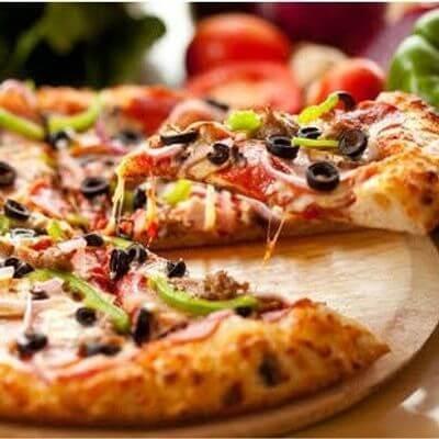 Pizza à Moda Com Borda
