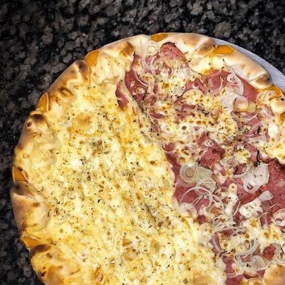 Pizzas Meio a Meio   Média 6 Pedaços