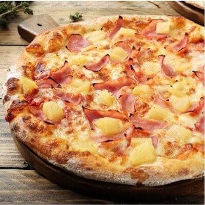 Pizza Bacon e Abacaxi Com Borda