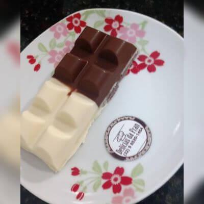 Barrinha de Brigadeiro com Farofa de Amendoim