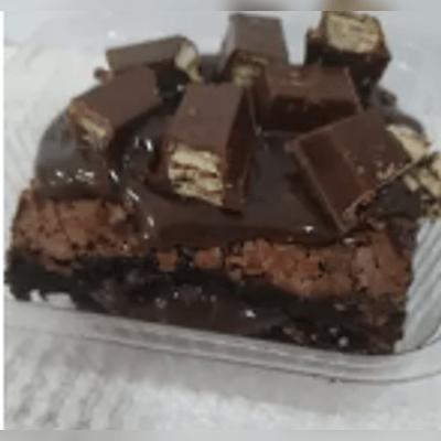 Brownie Recheado com Cobertura 1