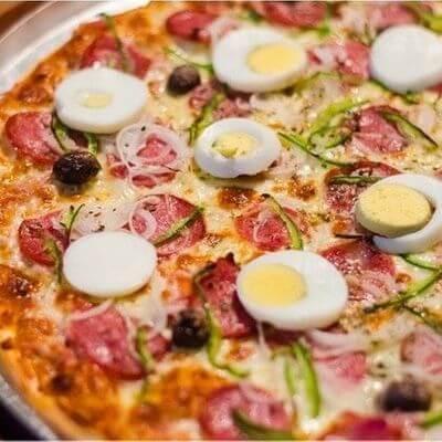 Pizzas | 2 Sabores Com Borda Tamanho M