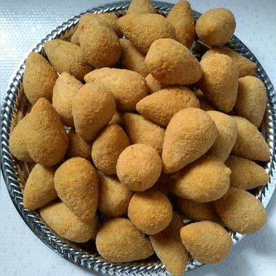 Combo 50 Salgadinhos Fritos