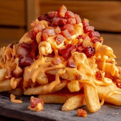 Fritas com Queijo ou Cheddar e Bacon