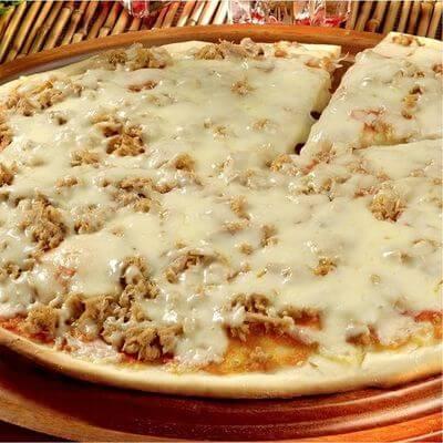 Pizza Atum Com Borda