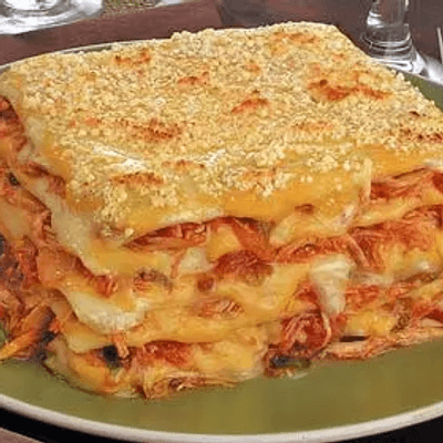 Arroz, feijão, lasanha, batata frita