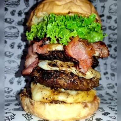 06 - Double Bacon Burger