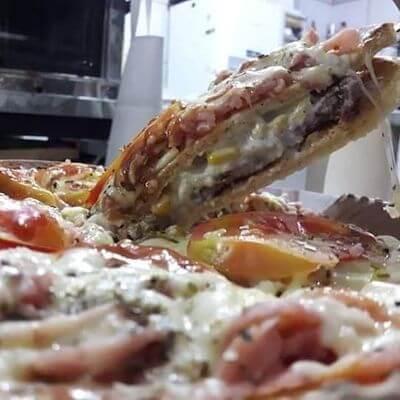 Pizza Burguer Sabor Bacon, Presunto e Calabresa