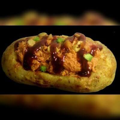 Batata Monster: Frango ao Molho - 300g de Carne