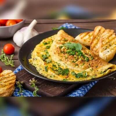 Omelete à Moda da Casa c/ Salada de Folhas
