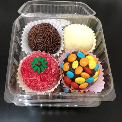 Caixa com 4 doces