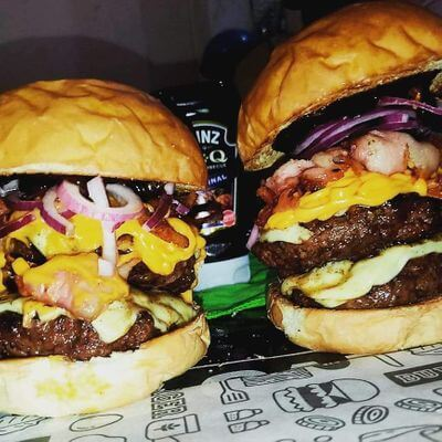 09 - Double Cheddar Burger