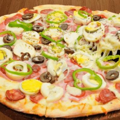 Pizza portuguesa 10 fatias + Sukita + 3 Maioneses da Casa