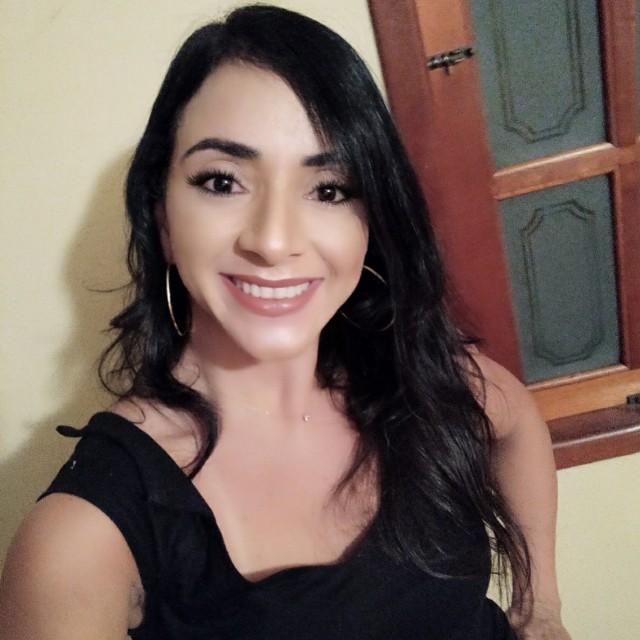 Roberta  Lopes Martins
