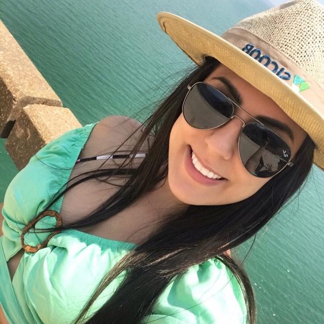 Adriana Correia