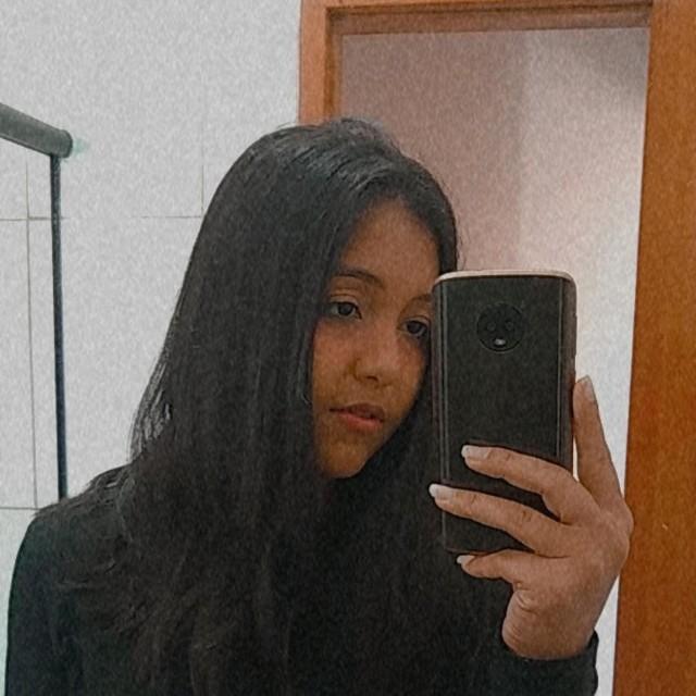 Mirella Nogueira