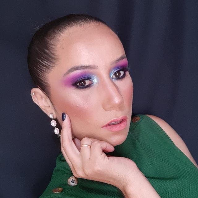 Néia Alvarenga